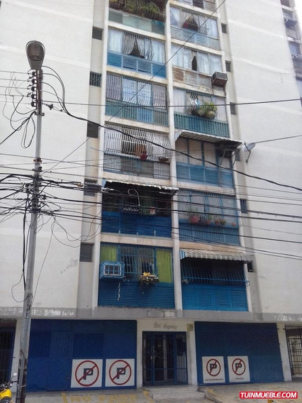 Apartamentos En Venta Centro Maracay 04125317336