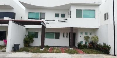 Casa En Condominio En Venta En Las Palmas, Carmen, Campeche