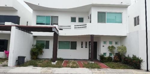 Casa En Venta En Ciudad Del Carmen Residencial Palmas