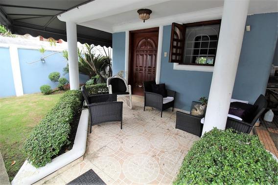 Casa En Arroyo Hondo - Rd$7,000,000