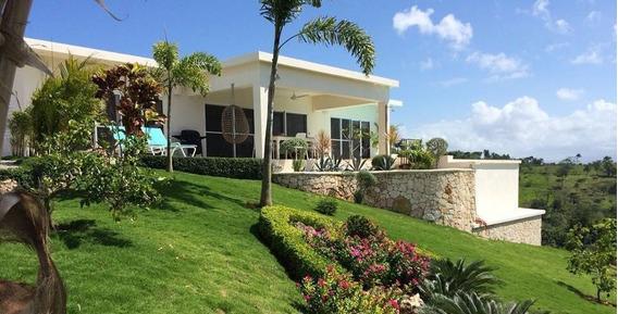 Villa 3 Habitaciones En Las Montanas En Rio San Juan