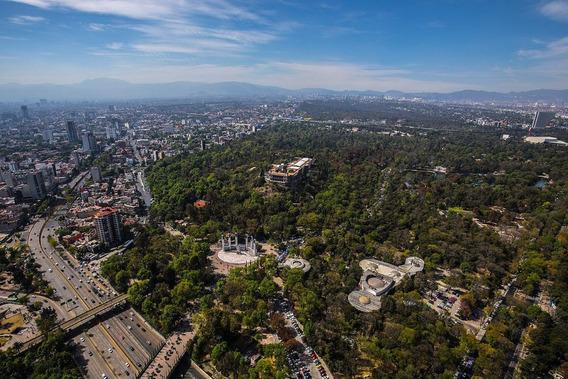 Vista Panorámica Frente Al Bosque Chapultepec
