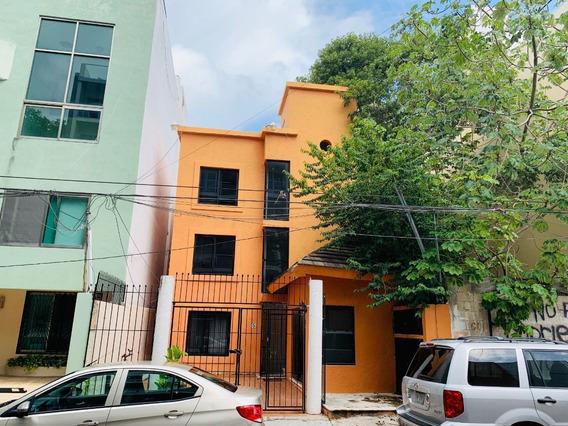 Edificio Con 6 Departamentos En La 5ta. Bis Playa Del Carmen