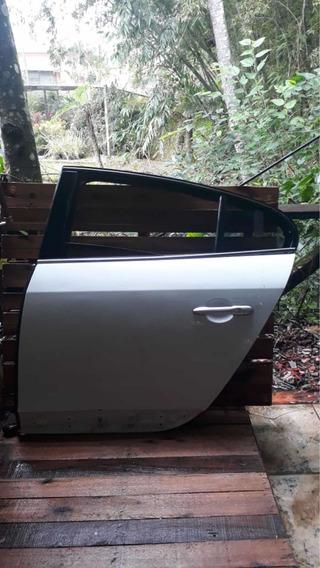 Porta Traseira Esquerda Renault Fluence 2012 Sem Acessórios