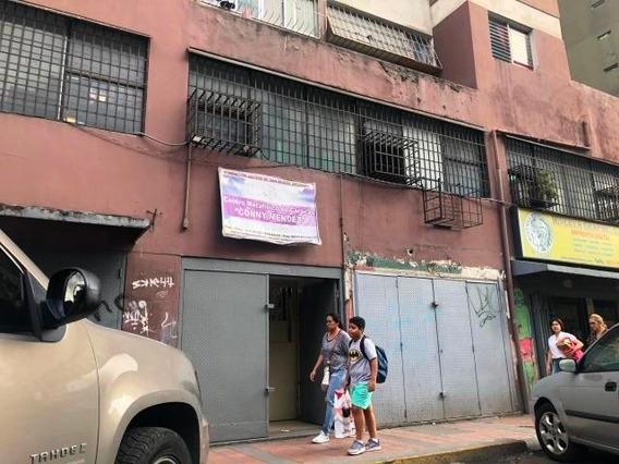 Local En Alquiler Parroquia La Candelaria - Mls 20-3464