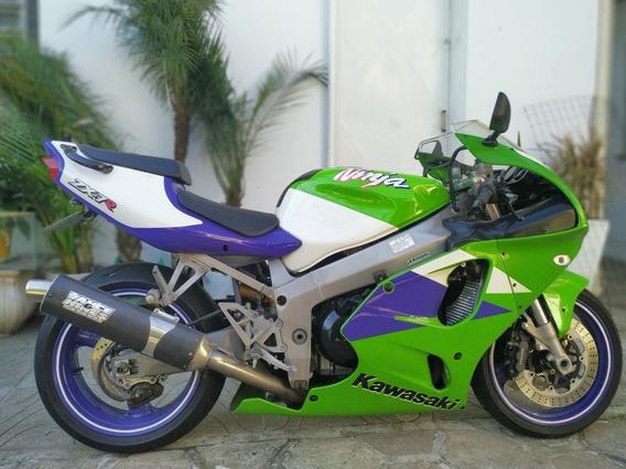 Kawasaki Ninja Zx7r 1997. Inteira
