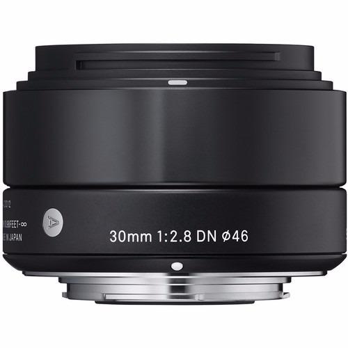 Lente Sigma 30mm F2.8 Dn Para Cameras Sony E Mount