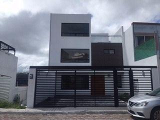 Hermosa Casa Nueva En Venta En Fracc. Milenio Iii Qro. Mex