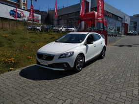 Volvo V40 Cross Country T4 2016
