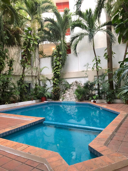 Venta De Hermoso Y Centrico Departamento Con Alberca Cancun