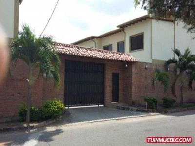 Venta De Bello Y Excelente Town House Los Portachuelos Alto
