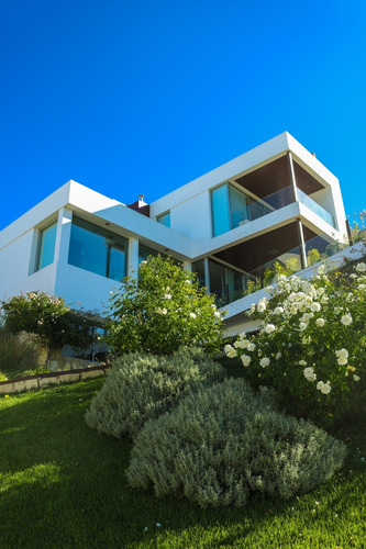 Casa 4 Dormitorios Vista Increible Av Los Alamos
