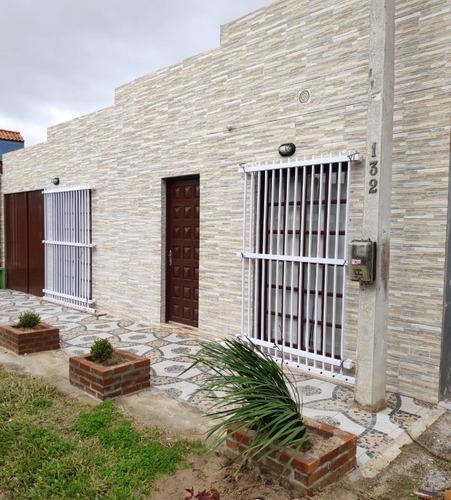 Casa En Alquiler Y Venta En Barra Del Chuy Brasil