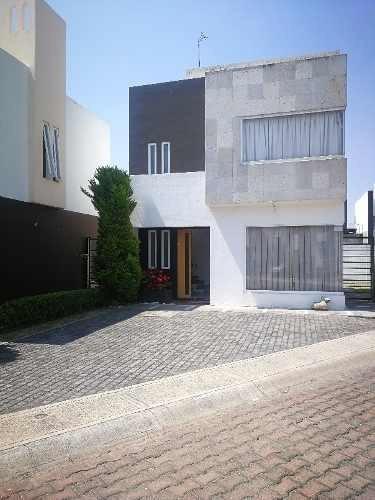 Casa En Condominio En Renta, Metepec, Estado De México