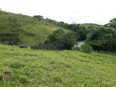 Sítio Em Caxambu, Sul De Minas , Circuíto Das Águas, Com 15 Ha , Muito Bom De Água , 5klm De Caxambu, Beira Do Asfalto. - 4823