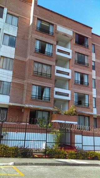 Venta De Apartamento La Villa Pereira