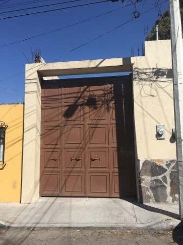 Se Renta Bodega En Col. Casablanca De 114 M2, Con Oficina, Cochera 5 Autos..