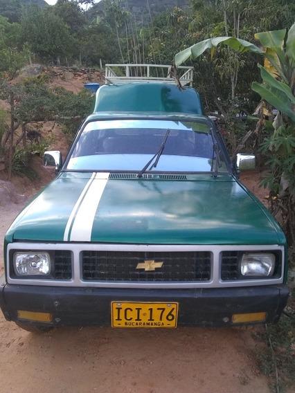 Chevrolet 1984 Camioneta Cabinada