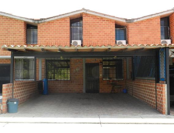 Avp 19-18266 Townhouse En Venta Nueva Casarapa