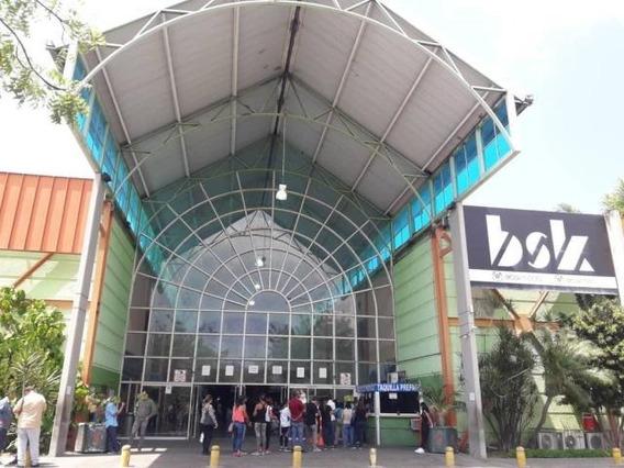 Comercial En Venta En La Esmeralda 20-23911 Ajc