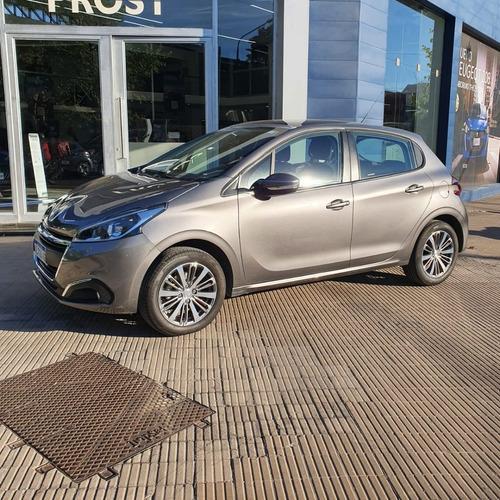 Peugeot208 Allure 1.6 2017 Prost