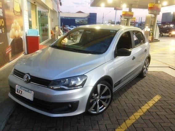 Volkswagen Gol 1.0 Track 8v Flex 4p