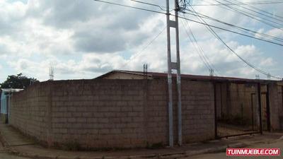 Casa En Tinaquillo. Guc-106