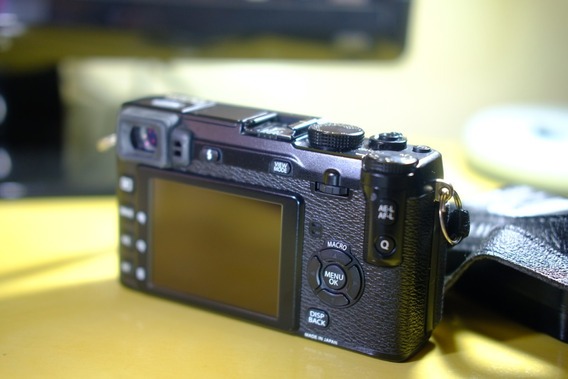 Camera Xe1 Fuji + Lente 16-50mm