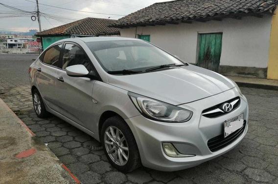 Hyundai Accent Modelo 2012,