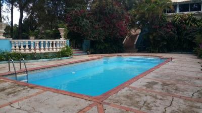 Villa De Venta En Zona Residencial Exclusiva De Jarabacoa.