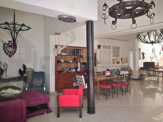 Arriendo Local Comercial Sotomayor Bucarmanga