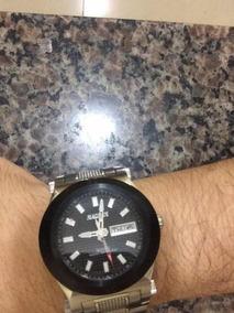 Relógio Magnum