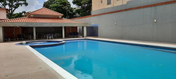 As Se Vende Apartamento Altamira Mls #20-22385