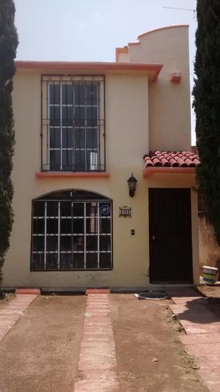 Hermosa Casa En Renta En Fraccionamiento Los Pinos Tesistan