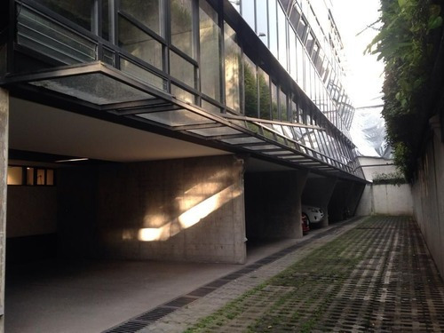 Casa Moderna En Condominio Con Terraza Privada.