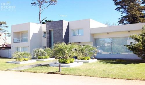 Increíble Casa En Venta Barrio Privado Boulevard Park - Punta Del Este- Ref: 87
