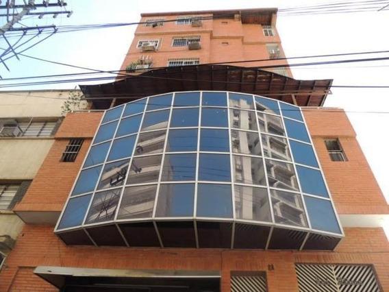 Patricia Molvinni Vende Apartamento Maracay #19-14719 Pm