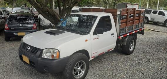 Nissan D22 2012