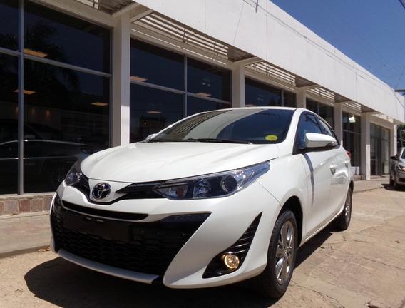 Toyota Yaris 5 Puertas Xls 6m/t 0km. My20 Blanco Perlado.