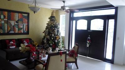 Casas En Venta Manga 732-786