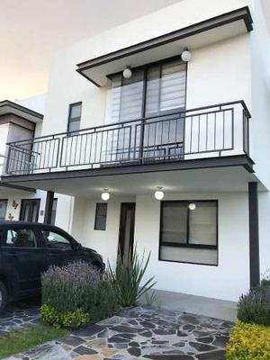 Casa Renta, Cumbres De Juriquilla, Con Aire Acondicionado