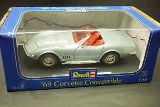 Corvette - Coleção 3 Peças 69 91 98 Revell Maisto 1:18