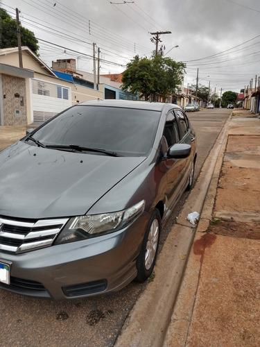 Imagem 1 de 12 de Honda City 2013 1.5 Lx Flex 4p