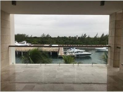 Departamento En Venta En Playa Mujeres, Isla Mujeres