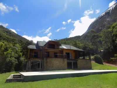 Casa Em Itaipava 4 Quartos