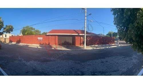 Se Vende Amplia Casa De Un Piso Al Sur De La Ciudad De Saltillo En Residencial Parques De La Cañada