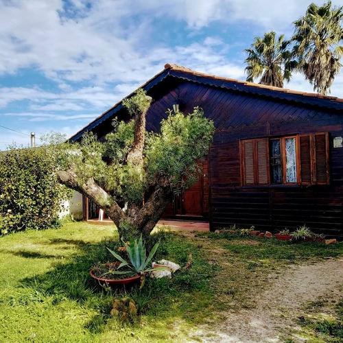 Imagen 1 de 7 de Venta Cabaña Lagomar, 3 Dormitorios, Mas Construcción