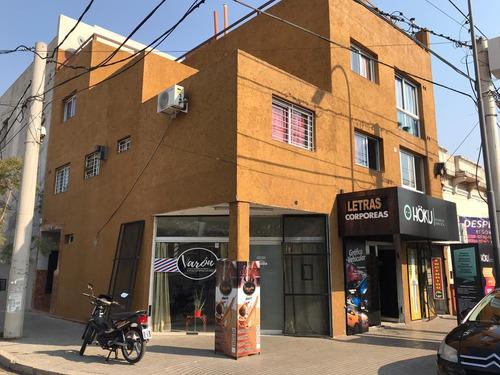 Imagen 1 de 5 de Vendo!! Oportunidad!! Local 21m2 Esq. Av. Bulnes