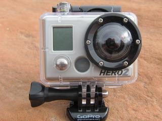Gopro Hero 2 Y Accesorios + Tripode + 2 Baterias + Cargador