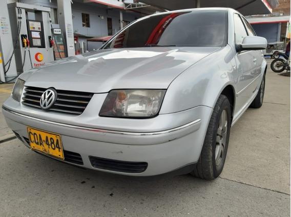 Volkswagen Jetta Full, Color Plata Reflex